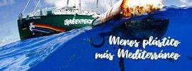 """Greenpeace alerta de una """"invasión de plásticos"""" en el mar balear"""