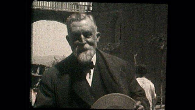 Captura de Antoni Gaudí en una película