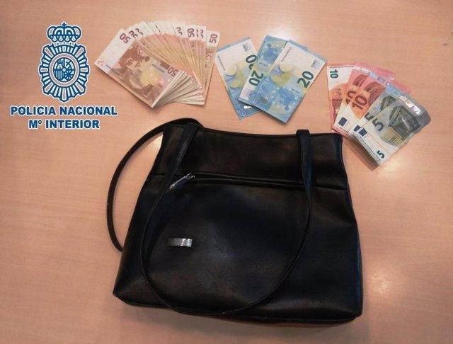 El bolso robado en Cádiz