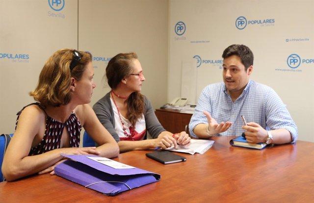 Reunión del PP con la asociación Chrysallys.