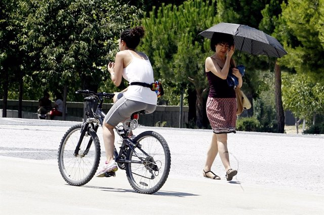 Ejercicio, sol, calor, temperaturas, buen tiempo, paseando, bicicleta