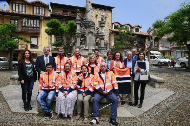 Agrupación voluntarios protección civil en Comillas