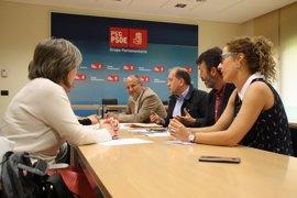 """El PSdeG pide """"implicación"""" a la Xunta para defender los empleos del Popular y mitigar la exclusión financiera del rural"""