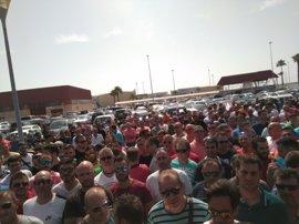 Seguimiento del 100% en los puertos andaluces de la huelga de 48 horas de los estibadores