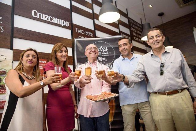El Brindis Inaugural del Día Mundial de la Tapa se ha celebrado en 'El Andaluz'.