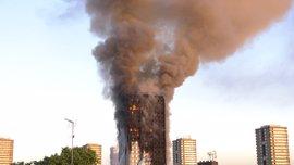 Aumentan a 12 los muertos por el incendio en la torre Grenfell de Londres