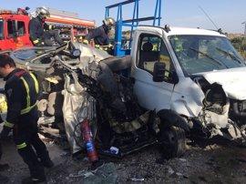 Herido grave un hombre tras un choque frontal entre dos vehículos en la M-601