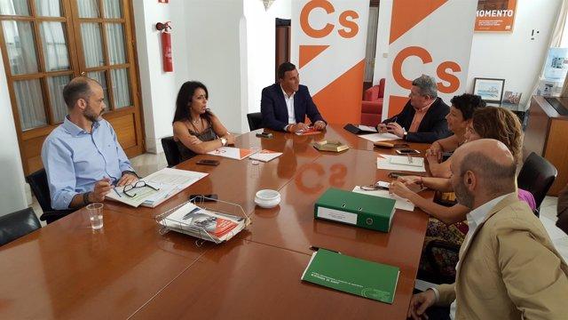 Reunión de trabajo de Cs y PSOE para la reforma fiscal