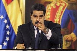 """Maduro acusa a Capriles y Pizarro de pagar a jóvenes para que se manifiesten y dice que """"pagarán con cárcel"""""""