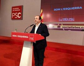El PSC pide a sus concejales no colaborar con el referéndum y proteger a los funcionarios