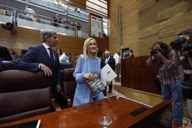 Cristina Cifuentes durante el debate y votación de la moción de censura
