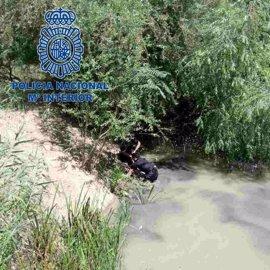 Rescatado un hombre que se estaba ahogando en el río Guadalquivir cerca del Jardín Botánico de Córdoba