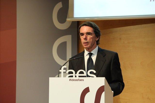 José María Aznar interviene en un acto de la Fundación FAES
