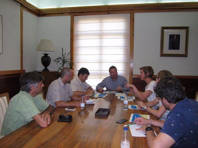 Soro se ha reunido hoy con empresarios afectados por el embalse de Biscarrués