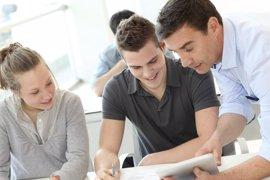Las empresas puntúan con un 7,5 la preparación de los universitarios españoles, según un estudio de Fundación Everis