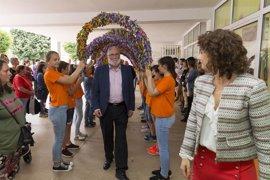 Ramón Ruiz y el alcalde asisten a la entrega de premios del XXVII Certamen de Pintura 'Pedro Sobrado'