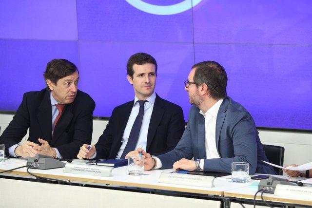 Rafael Hernando, Pablo Casado y Javier Maroto en el Comité Ejecutivo del PP