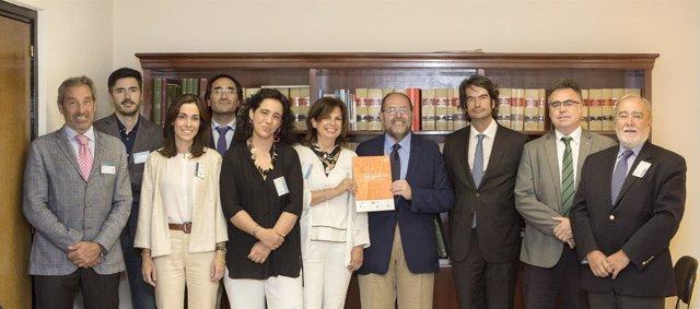 Reunión de Sanidad para presentar el informe Proyecto VOZ