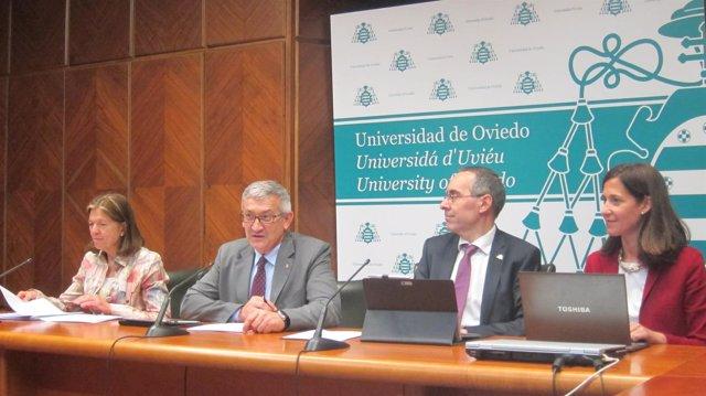 Rueda de prensa tras el Consejo de Gobierno de la Universidad de Oviedo