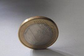 El coste laboral en Galicia sube tres décimas, hasta 2.209,76 euros