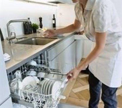 UGT y CC.OO. instan al Gobierno a ratificar el convenio de trabajo doméstico de la OIT