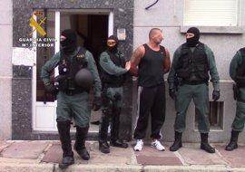 Detenido cuando dormía por robos con violencia en Los Corrales y Puente San Miguel