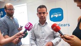 "El PP acusa al Govern de ocultar ""fraude de ley"" en los contratos de MÉS"