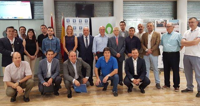Hernández mantiene un encuentro en la Fremm con empresarios sector energético