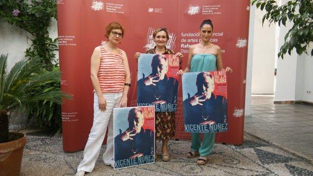 Ruz (izda), junto a Ayuso (centro) y Cabezas, presenta el proyecto