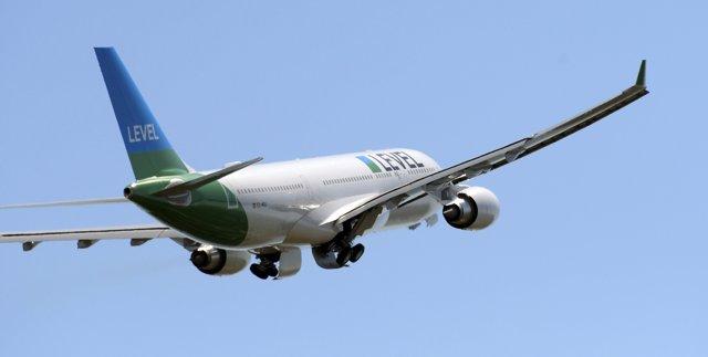 Avión De LEVEL