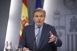 """El Gobierno dice que la bolsa de voluntarios para el referéndum catalán muestra """"la impotencia clara de Puigdemont"""""""