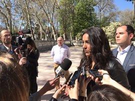"""Cs pide a Ahora Madrid que """"no saque pecho"""" por amortizar deuda, pues """"piensan más en los bancos que en los madrileños"""""""