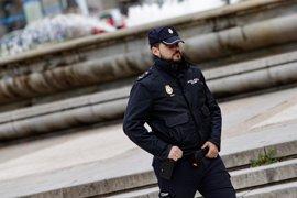 Interior destinó 17,8 millones para condecoraciones en 2016: la Policía gastó 11,2 y la Guardia Civil 6,6