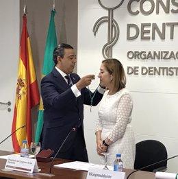 Ana Pastor miembro de honor del Consejo General de Dentistas