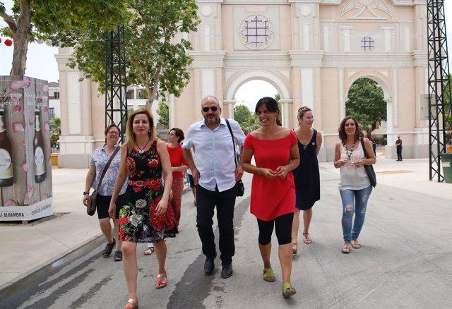 La coordinadora de Podemos Andalucía en el recinto ferial de Almanjáyar