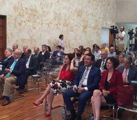 """Fernando Manzano defiende la necesidad de consensuar políticas para """"combatir la despoblación a todos los niveles"""""""