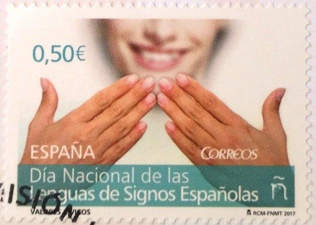 Sello de Correos por el Día de las Lenguas de Signos Españolas