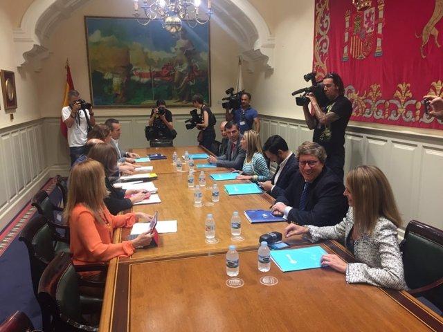 Reunión de las comsiones negociadoras