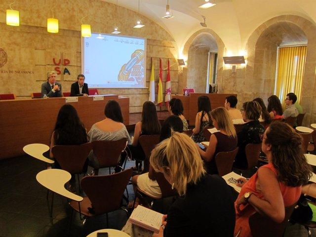Salamanca: Sala De Grados De La UPSA