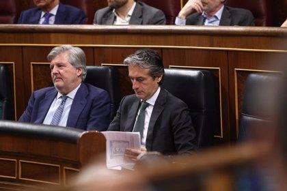 IU reclama explicaciones a De la Serna por la salida de Renfe y Adif de la patronal ferroviaria
