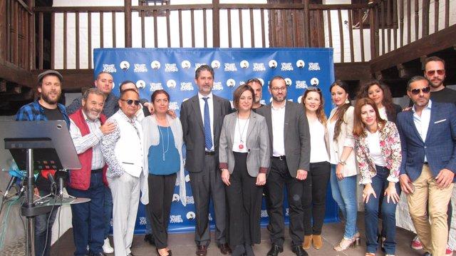 Artistas y autoridades en la presentación de la Noche Blanca del Flamenco 2017
