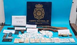 Tres detenidos de una misma familia por la venta de cocaína que guardaban en una caja fuerte de máxima seguridad