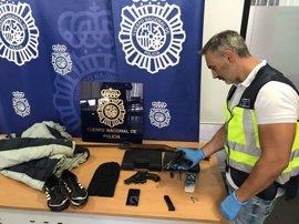 Tres arrestados por robar a punta de pistola un reloj de 2.500 €
