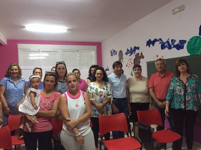 Clausura de escuela de padres en Santo Tomé (Jaén)