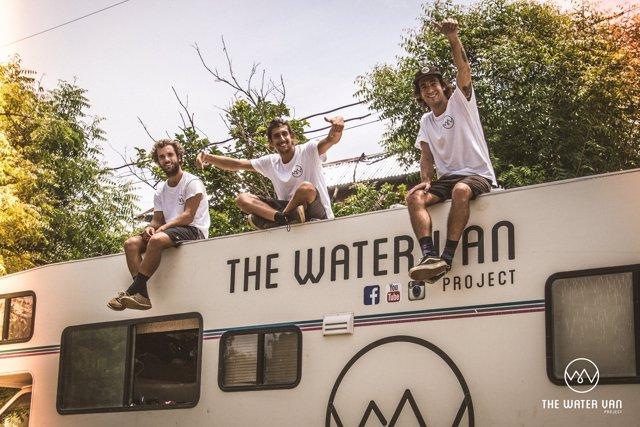 Ayuda en Acción y The Water Van Project