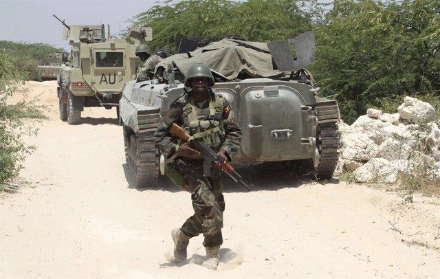 Tropas De La Unión Africana Luchan Contra Al Shabaab En Somalia