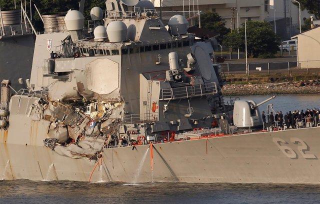El destructor 'USS Fitzgerald', dañado tras una colisión en Japón