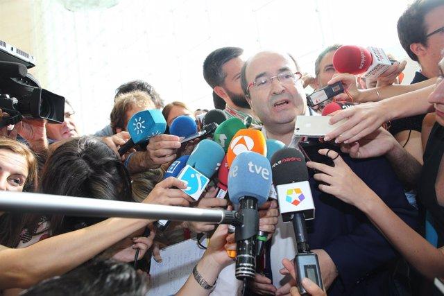 Iceta A Su Llegada Al Congreso Del PSOE
