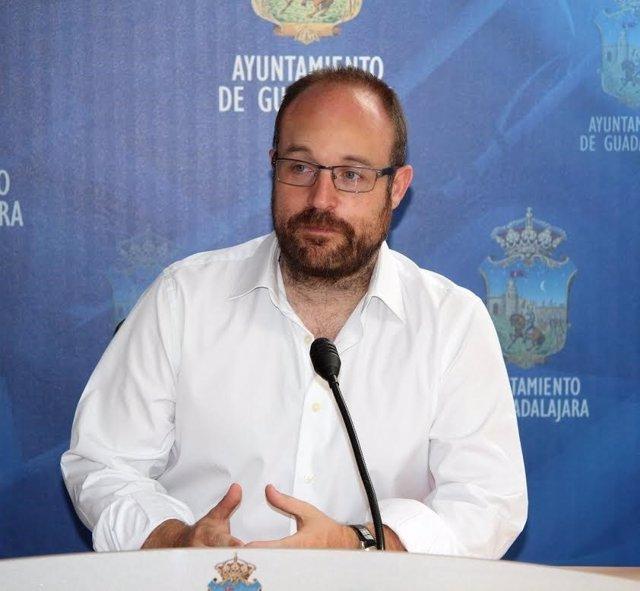 Alejandro Ruiz Cs