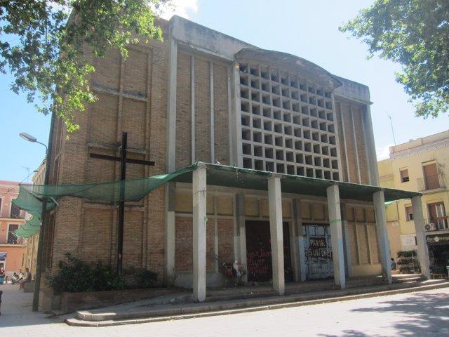 Parroquia de Sant Bernat Calbó, en el barrio de Poblenou (Barcelona).